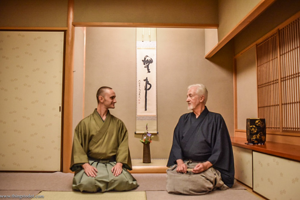 Tyas Sōsen & Stephen Sōshun, Tea Ceremony, Kyoto, Japan. Image©www.thingstodot.com