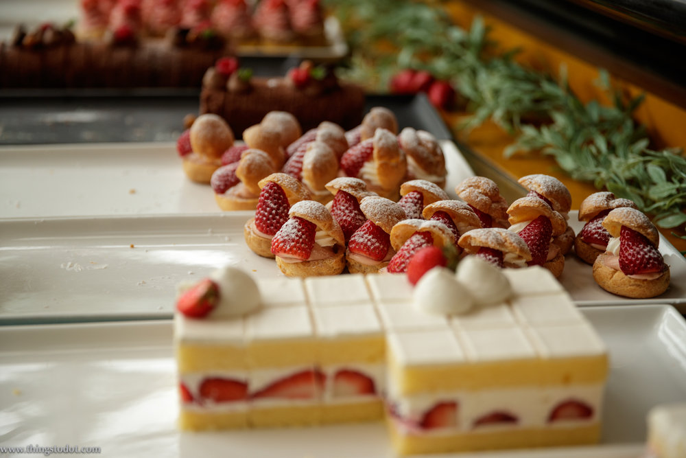 Sweets Buffet, The Park, Imperial Hotel, Osaka, Japan. Photo: Kosuke Arakawa. Image©www.thingstodot.com.