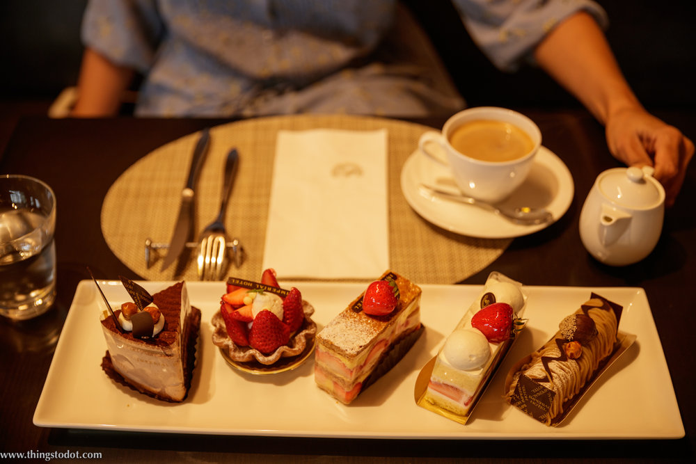 Imperial Hotel Osaka, Afternoon tea. Photo: Kosuke Arakawa (www.kosukearakawa.com). Image©www.thingstodot.com.
