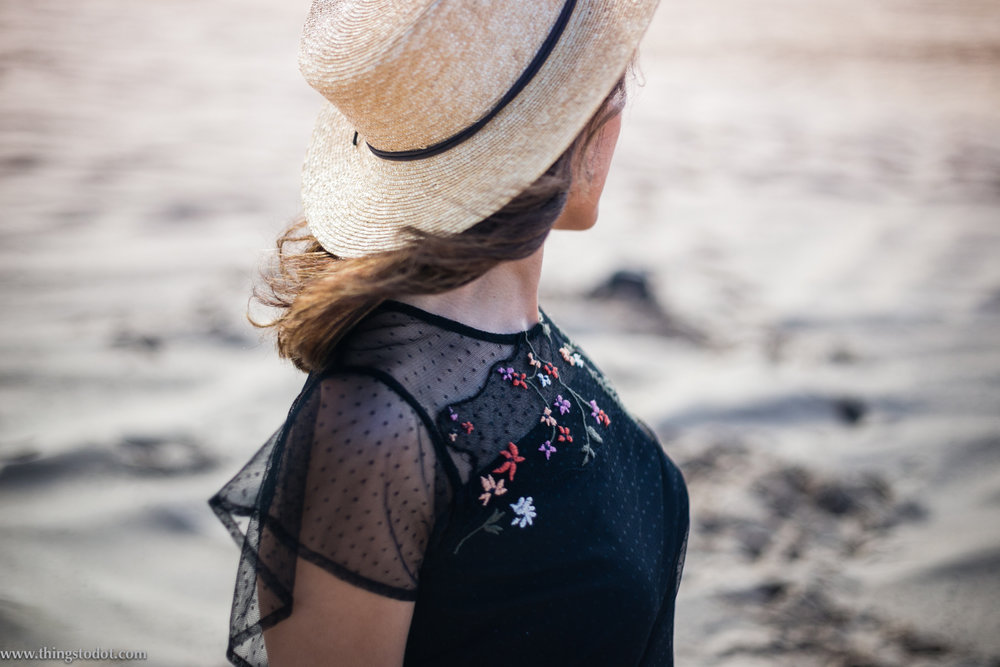 Rosie Boylan hats, Sydney, Australia.Photo: Alyssa Salamon, Redhead. Image©www.thingstodot.com.