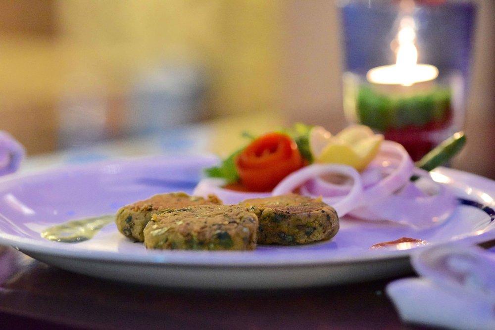 Food at the the Great Kabab Factory, Radisson Blu Plaza Delhi Airport Hotel. www.thingstodot.com.