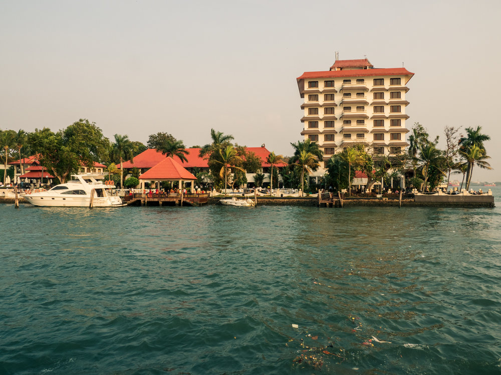taj malabar resort & spa, kochi: top 5 star hotel & spa in cochin