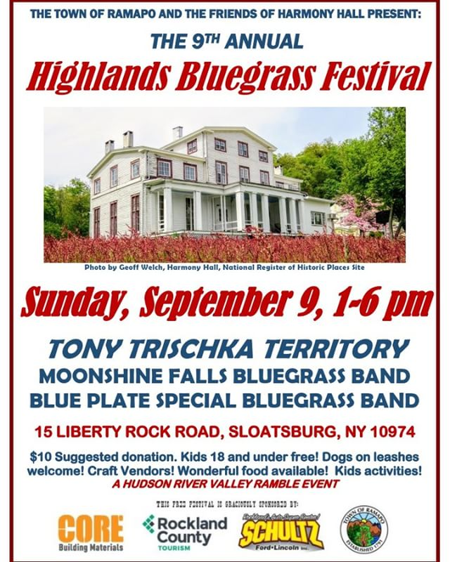This is already a fun time with great Bluegrass music, food and craft vendors. #bluegrass #craftfair #sloatsburg