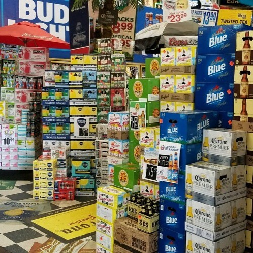 🇺🇸🍻🌭🍔Having a BBQ? Stop on in we have everything you need! #memorialdayweekend #seldenbeverage #longisland #longislandbeer #beer #drinkbeer #craftbeer #drinkcraftbeer #drinklocalcraftbeer