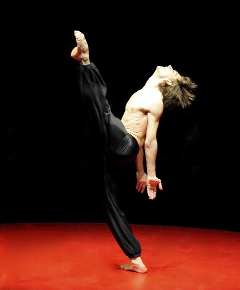 Friedemann Vogel dancing in Béjart's Boléro. Photo courtesy of Stuttgart Ballet
