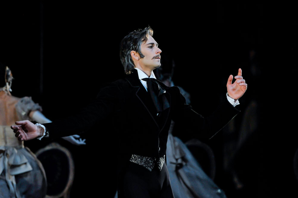 Friedemann Vogel as Onegin