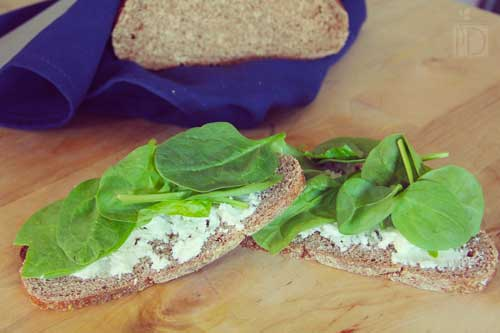 Breakfast with Spinach and Goat Cheese Sandwich