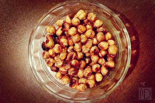 Cinnamon Honey Roasted Chickpeas