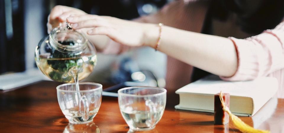 cup-of-tea-pour.jpg