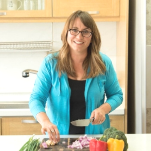 Pam Chavez, nutrition breakout host - A Certified Holistic Nutrition Consultant and founder of Health on the Homefront, Pam will take you through one of her week-long meal plans full of delicious, nutritious recipes. Breakfast, lunch, dinner and snack are all covered for the week!