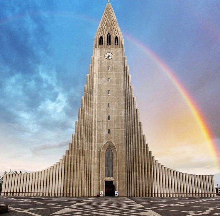 Religion is not a thing in Iceland - Religion...is not a thing in Iceland (speaking of ehhem peace). Iceland is one of the top 10 atheist populations in the world. Although the majority of the population is Lutheran, 31% of Icelanders say they aren't religious and 10% label themselves atheist. Catholicism only makes up 3.8% (no madonna/whore complex here✖️ 👰🏻💃🏻). The Church of Iceland is the officially established Christian church in Iceland, and what do you know!! the Bishop of Iceland is currently a woman- Agnes Siguroardottir - the 1st woman to hold this position. There are female ministers and same sex marriages are allowed ❤️🇮🇸👭❤️. Photo by @wakeupreykjavik (the pictures I took of this church made it look like the penis museum).