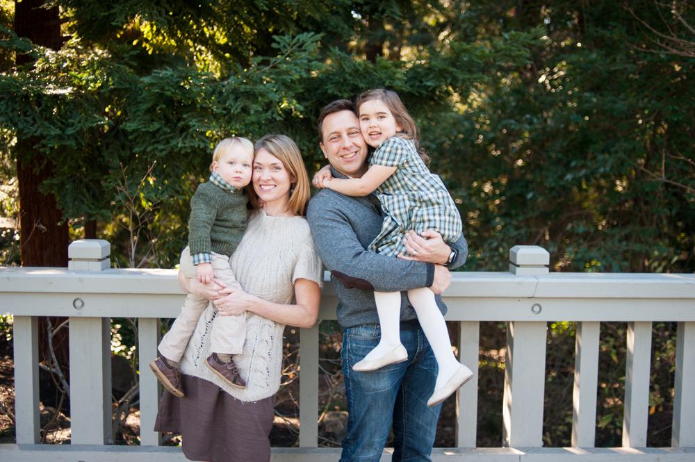 Portrait of family in Piedmont Park in Piedmont, CA