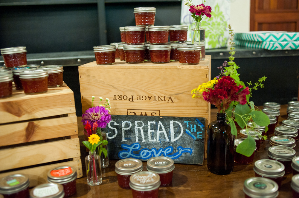 Homemade jam as wedding favor
