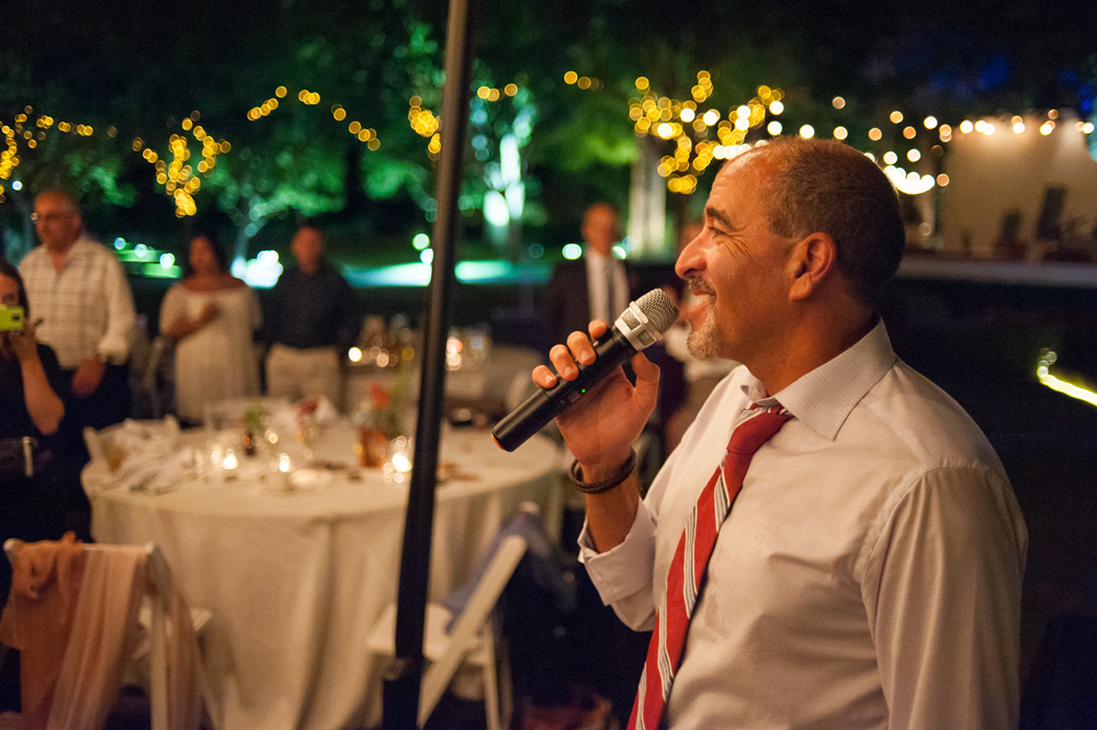 Father of Bride singing at Wente Vineyards