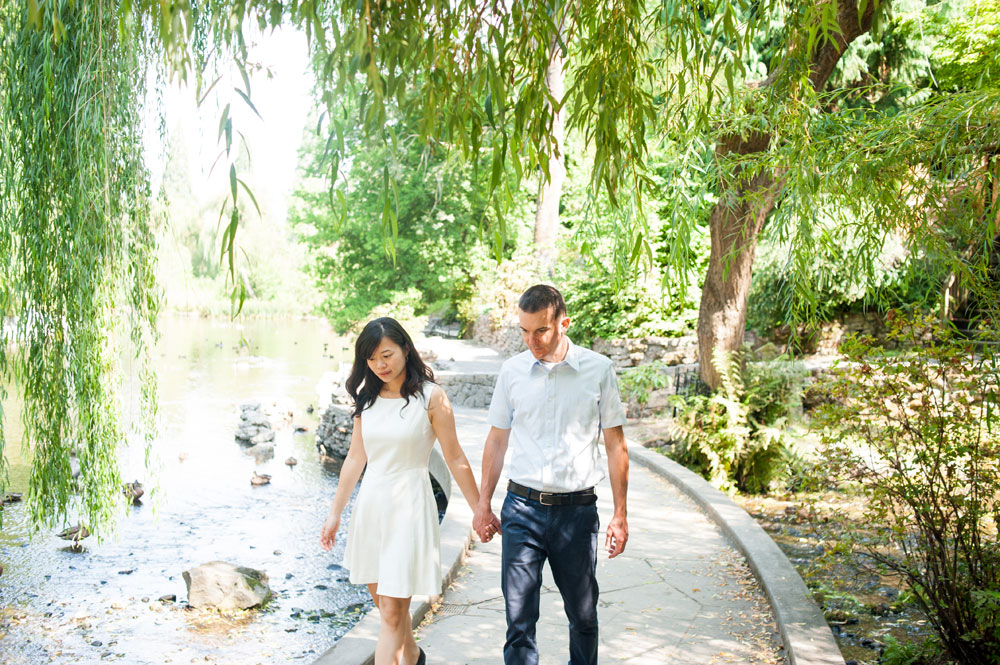Couple walking in botanical garden in Bay Area