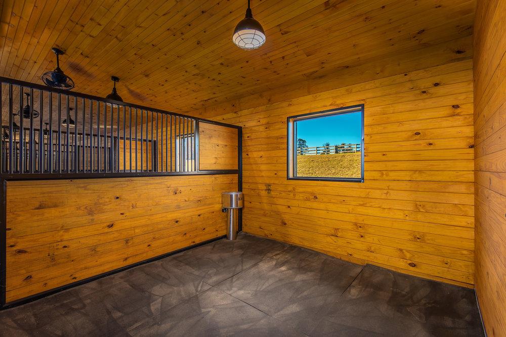 horse stall.jpg