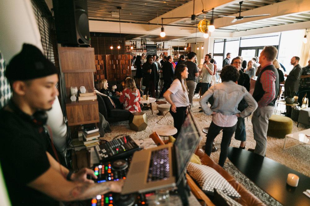 DJ @Cloud Room Lounge