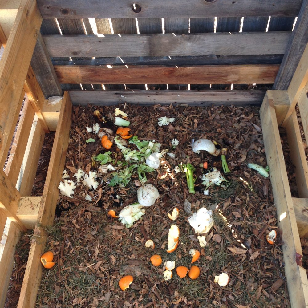 diy backyard compost bin note to trash rh notetotrash com backyard compost bin diy small backyard compost bin