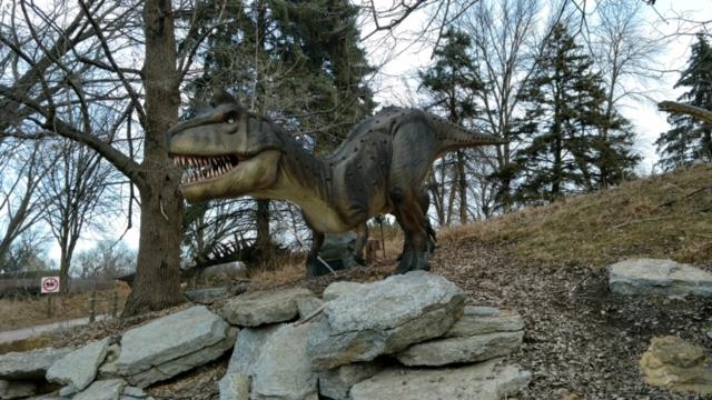Dinos Alive2.jpg