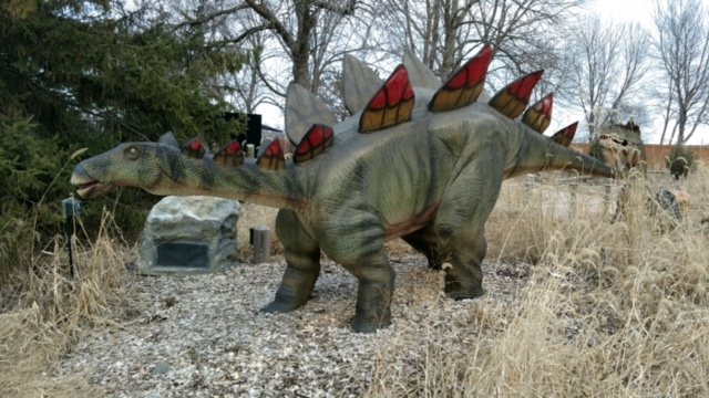 Dinos Alive3.jpg