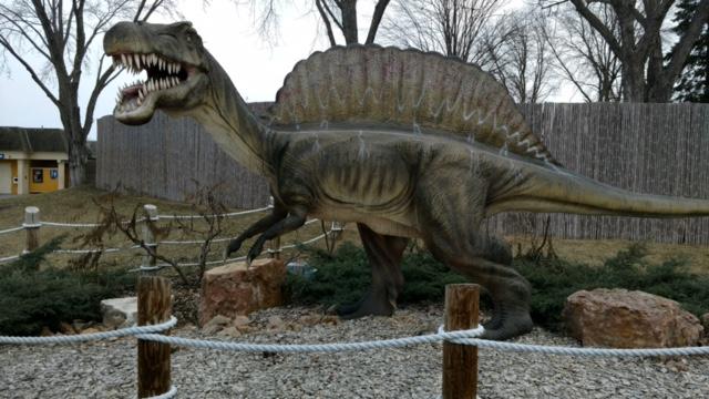 Dinos Alive4.jpg