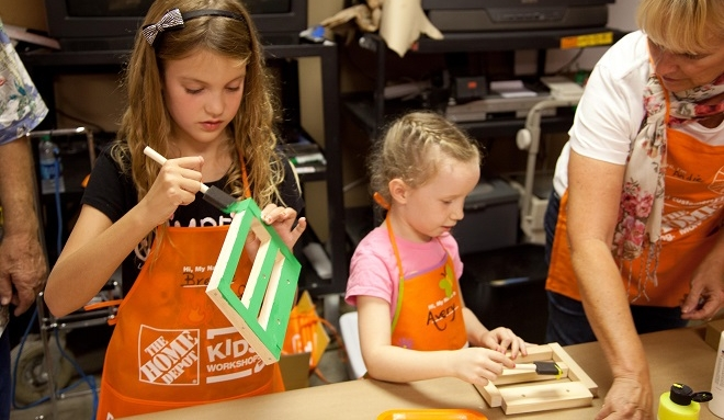 home-depot-kids-workshop-paint.jpg