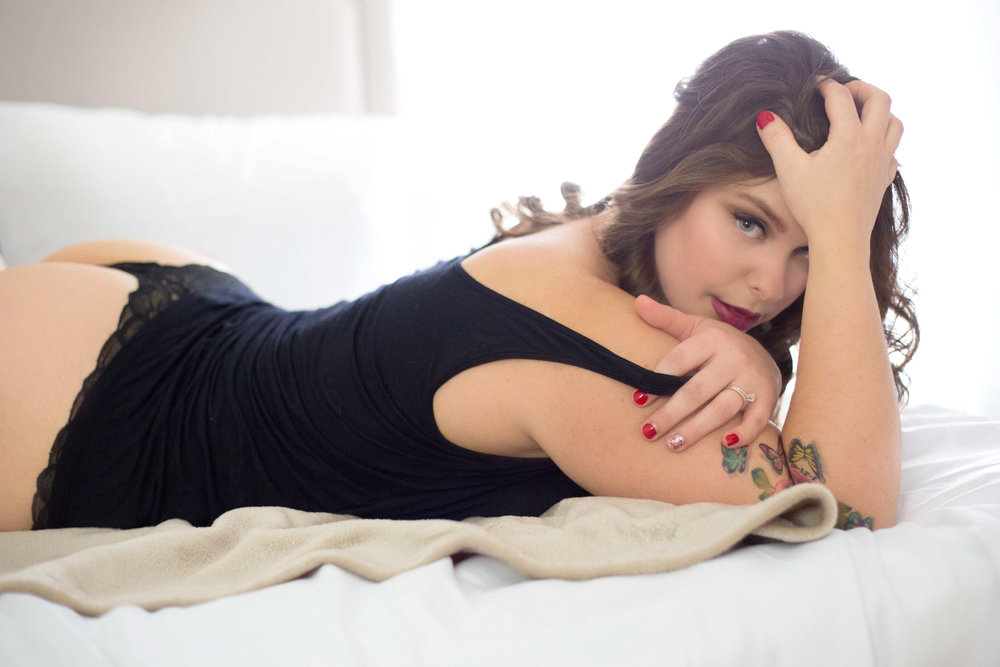 sexy pics for your man, boudoir photography columbus, central ohio