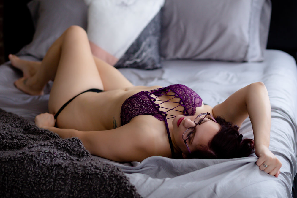 Columbus Boudoir Photographer, sexy photo shoot, lingerie pictures, columbus photography boudoir, groom's gift