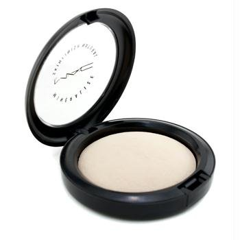 - MAC Mineralized Skin Finish NaturalIt's like an Instagram filter for your face that can be used wet or dry. I like using 3-4 shades to bring dimension into the skin.