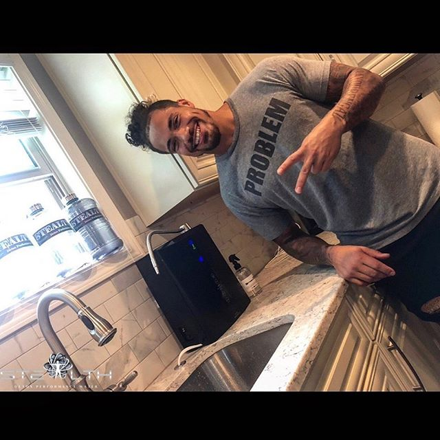 @stealthdetoxwater just hooked me up with a machine to get me right for training camp and the season. Get the machine for as low as $39/month, it'll change your life! Use code DRA for $250 off on their website or shoot them an email with my code to find out more. #StealthWater #StealthEdge #ReThinkYourDrink