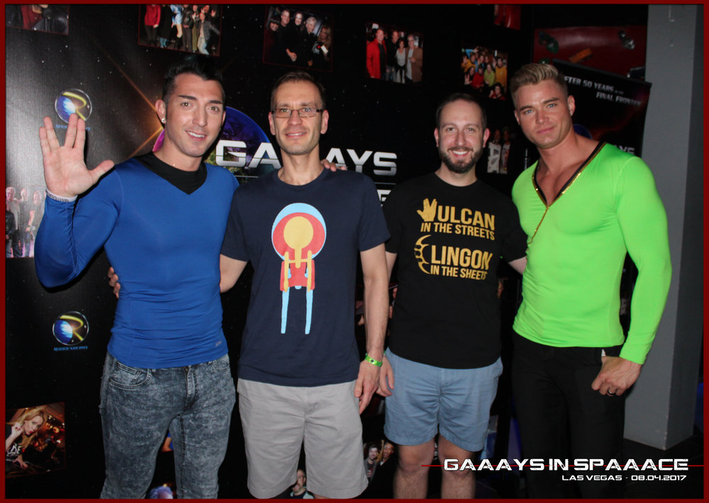 GIS-VEGAS-8-4-17-JimmyDurano-ChazVorrias-Fan-22.jpg