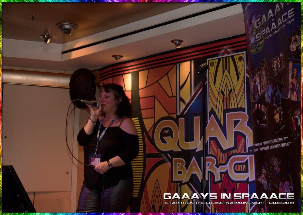 15-GIS-KaraokeNight-StarTrekTheCruise-2019-19.jpg