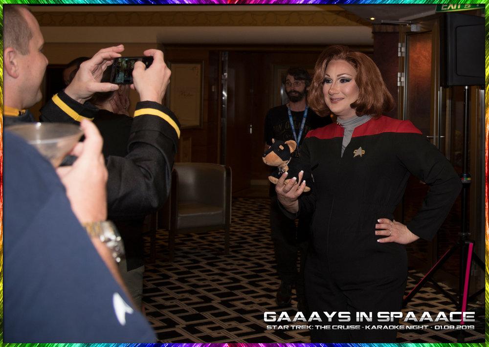 21-GIS-KaraokeNight-StarTrekTheCruise-2019-21.jpg