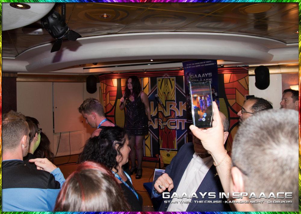 27-GIS-KaraokeNight-StarTrekTheCruise-2019-24.jpg