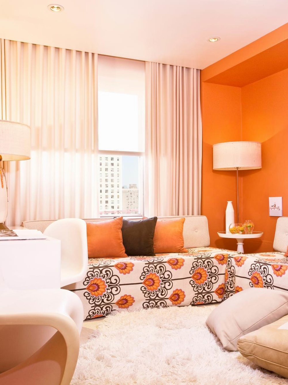 amazing-small-orange-country-living-room-christmas-decoration-by-spice-up-your-modern-with-two-bright-colors-and-cool-graphics-sofa_christmas-decoration-for-small-living-room_living-room_cheap-living-.jpeg