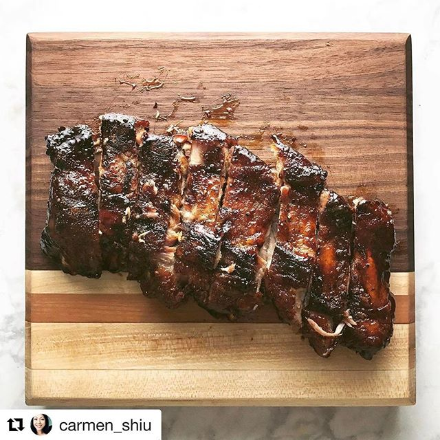 Another delicious looking meal from blogger @carmen_shiu using one of our boards! See more of these in action this Saturday at the #makersmarket at @santanarow!