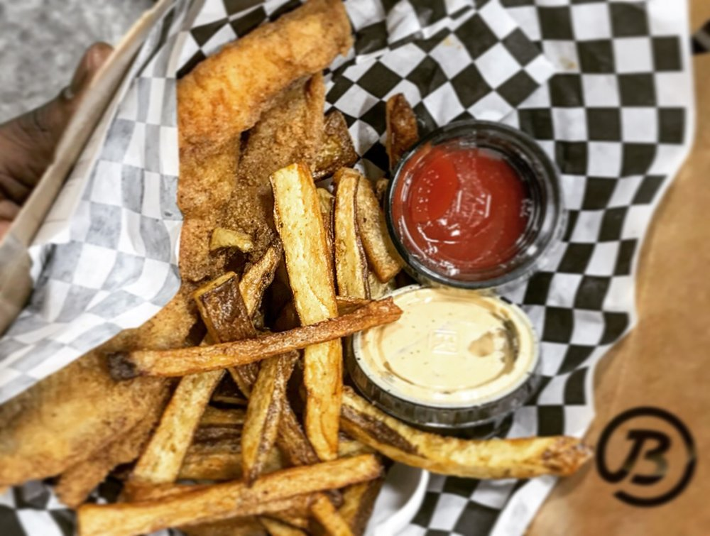 Fish Basket w/ Fries