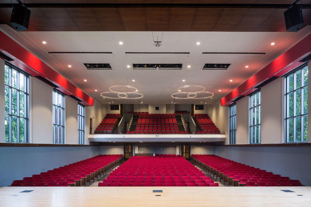 Douwstra-Auditorium_1.jpg