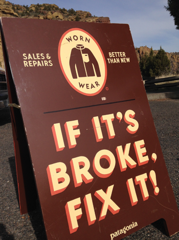 Patagonia Worn Wear Fix It Sign