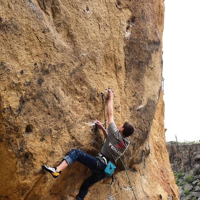 Drew Ruana on Assassin link up at Smith Rock State Park