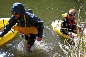 Smith Rock Spring Sting racers fording the river after boat part