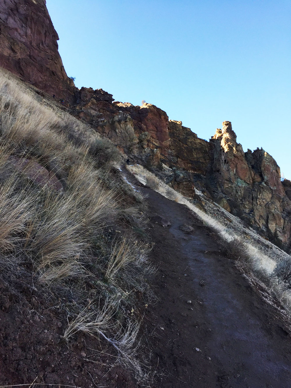 A series of switchbacks doubles back and forth to snake up the Misery Ridge Trail at Smith Rock State Park.