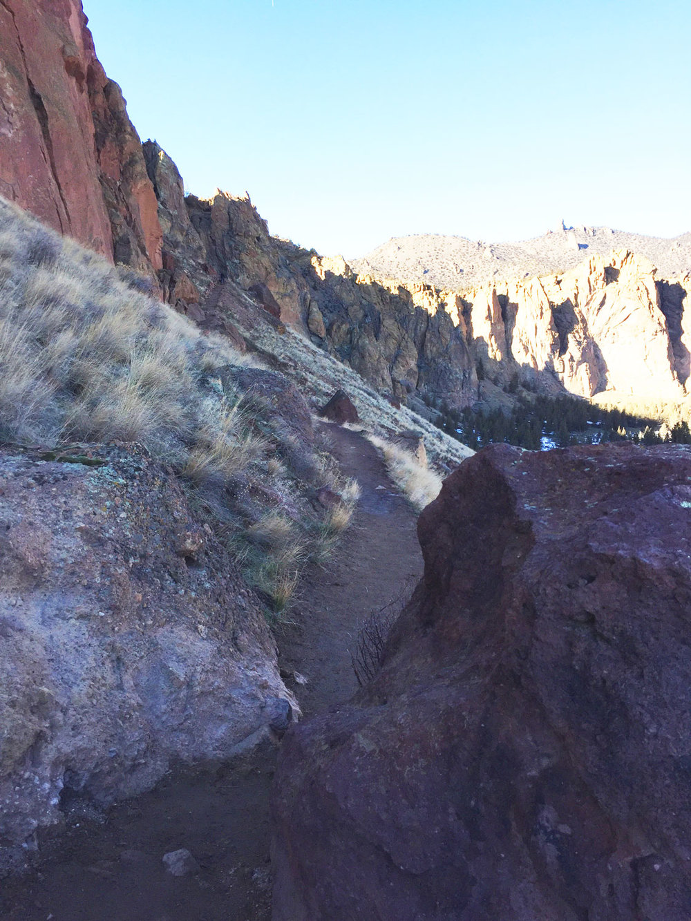 Once past the Red Wall, the Misery Ridge Trail continues along the ridge with the Crooked River down below at Smith Rock State Park.