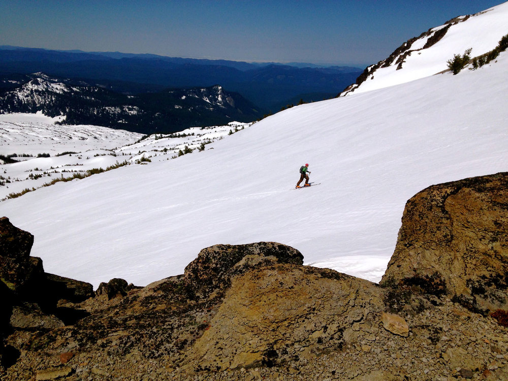 Backcountry spring skiing on the South Sister