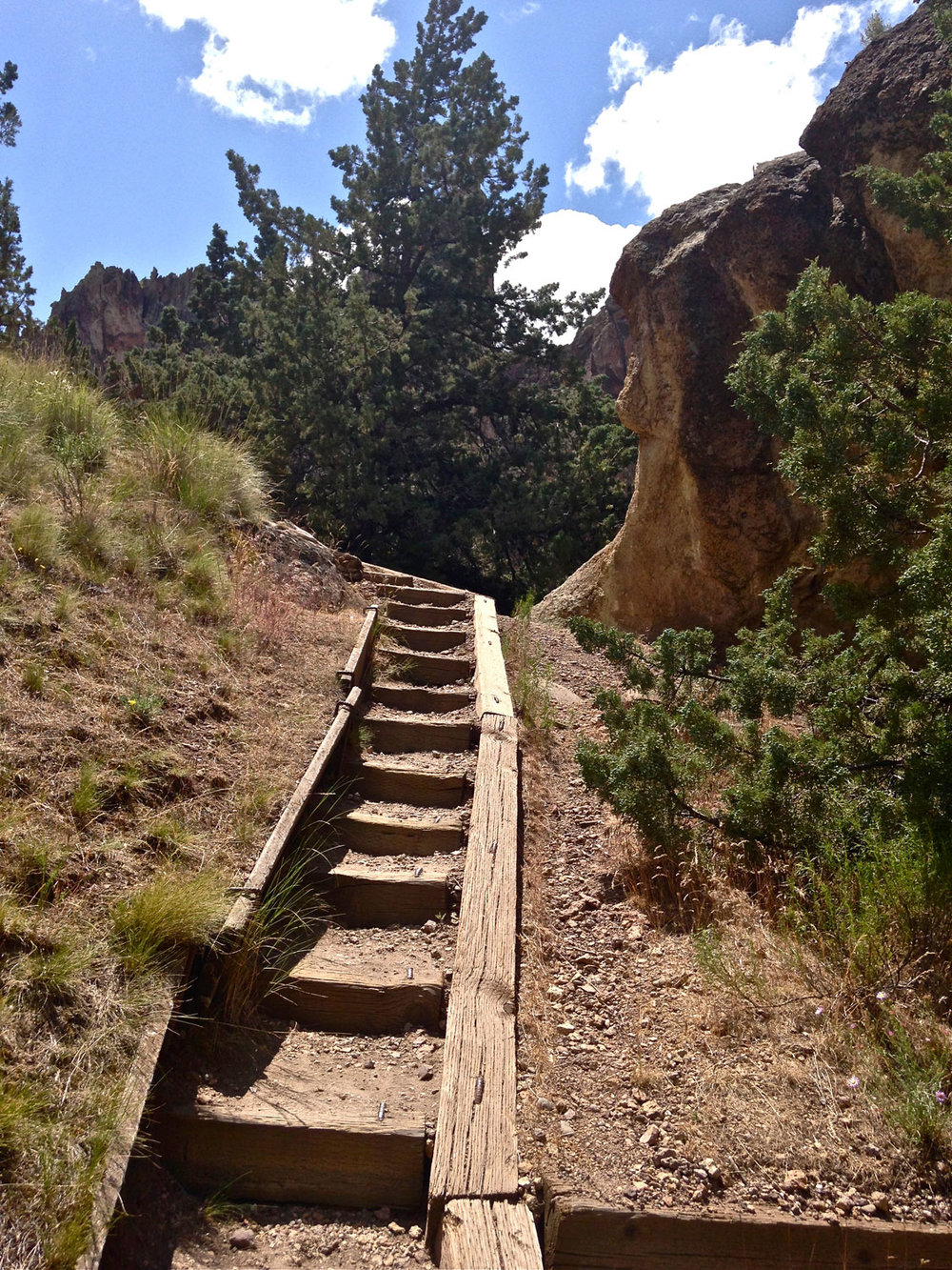 Rope-de-Dope Trail stairs beyond the climbing area at Smith Rock State Park