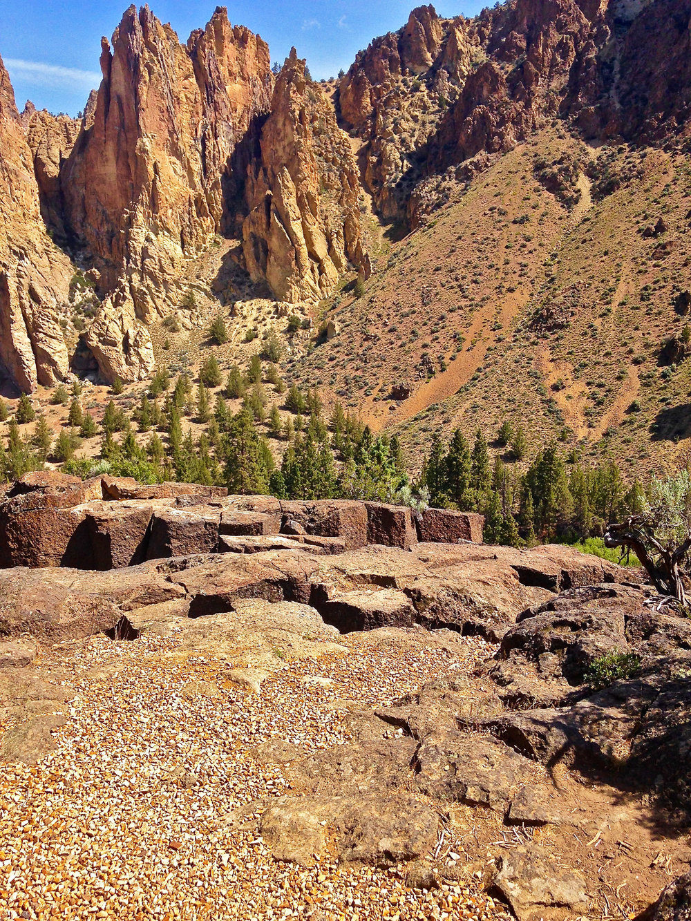 Northern Point ridge of basalt columns over the Gorge at Smith Rock State Park