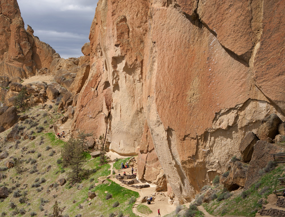 climbers on the Christian Brothers East Wall at Smith Rock State Park