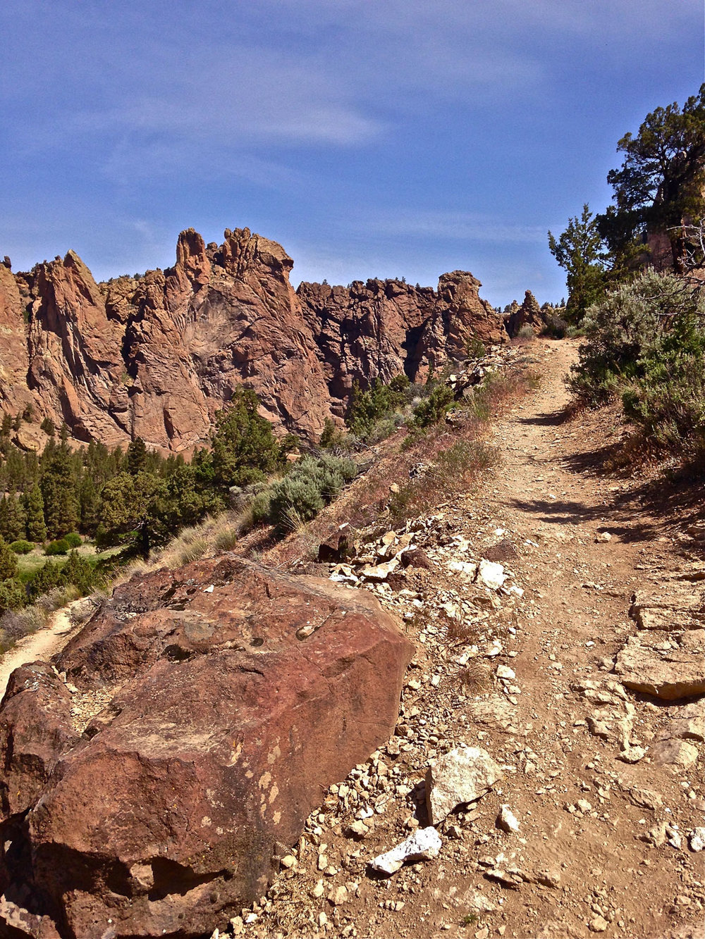 Homestead Trail at Smith Rock State Park steep scree up