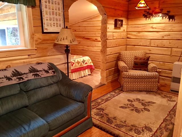 cabin#1Lindaliving.jpg
