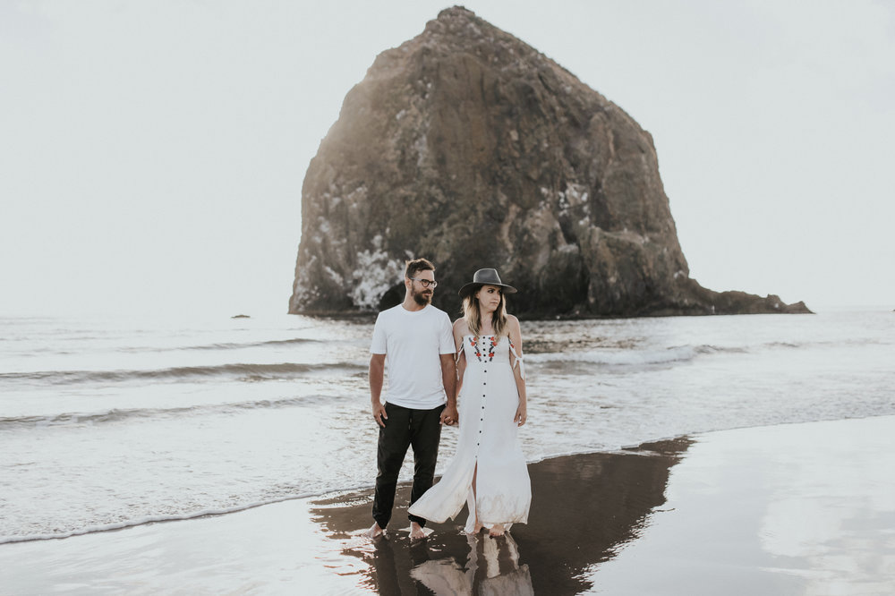 Cannon Beach Haystack Rock Engagement Rustic Moon Photo-124.jpg